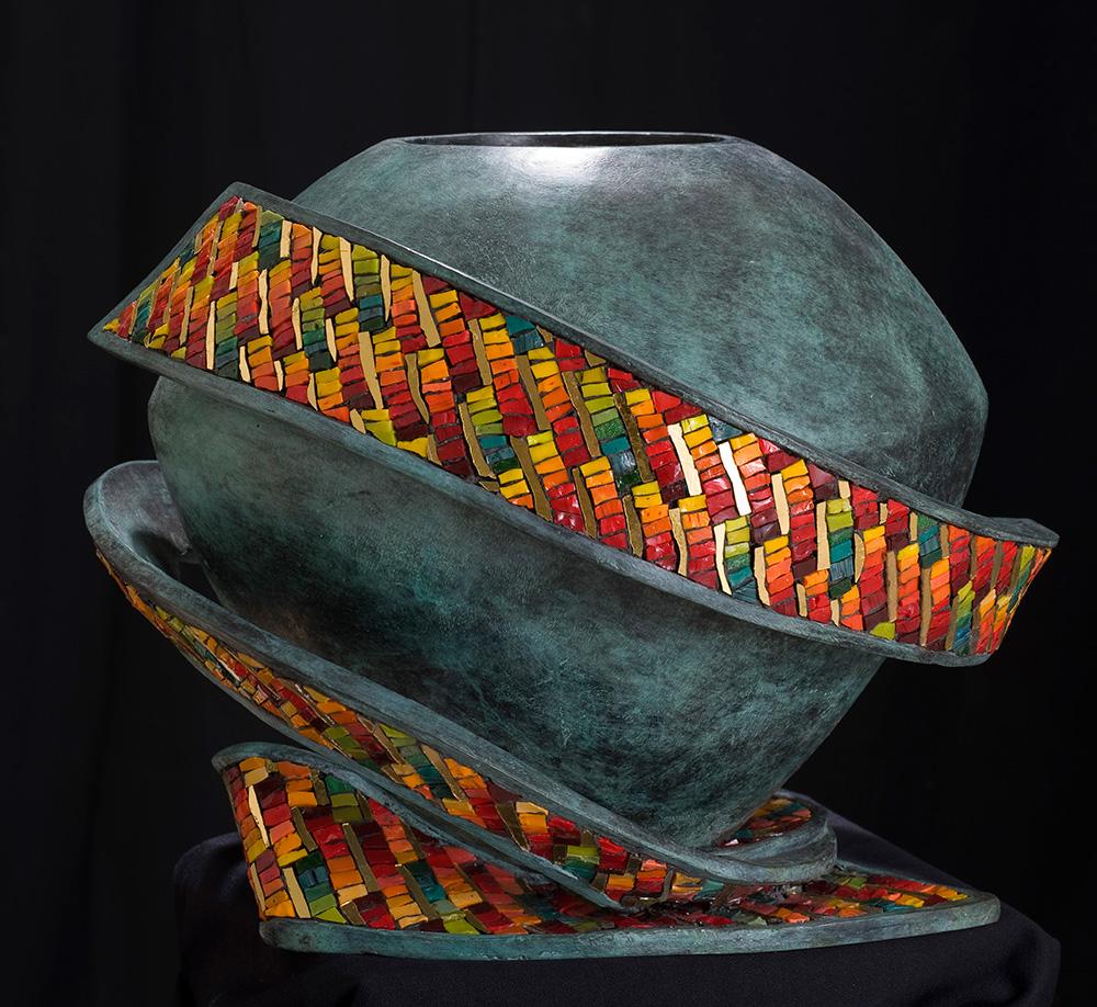 Scultura realizzata con mosaico da Dino Maccini