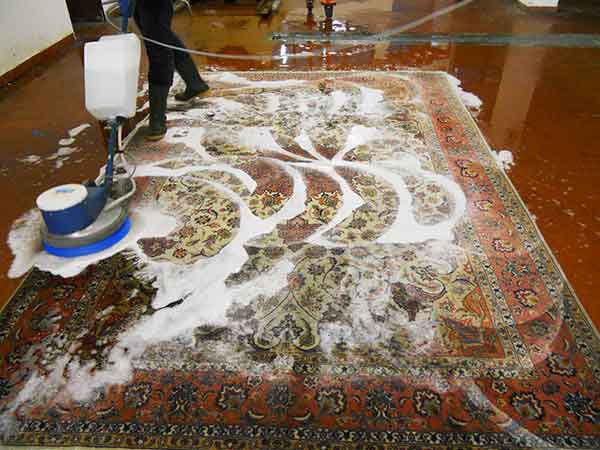 Lavaggio tappeti milano galleria tabriz - Lavaggio tappeti in casa ...