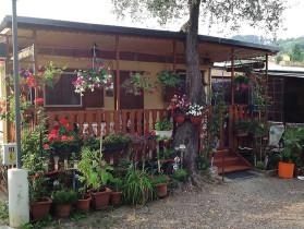 Campeggio piani for Piccoli piani bungalow