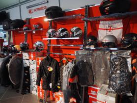 abbigliamento-caschi-e-accessori-moto