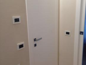 Porte interne in legno frassino bianco poro aperto Ghizzi & Benatti