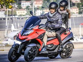 Scooter Qooder disponibile a noleggio o come scooter sostitutivo per chi lascia l'auto a riparare