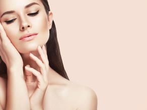 viso-mani-massaggio-piega-trattamento