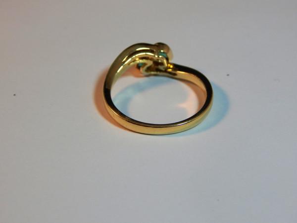 Anello con smeraldo e diamanti immagine 3